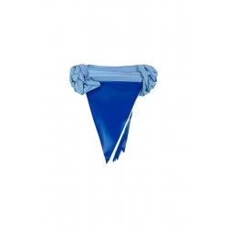 branda üçgen flama mavi beyaz
